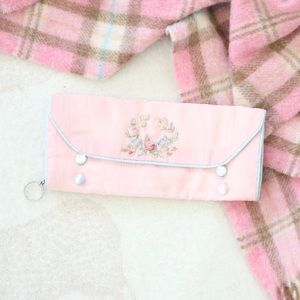 Vintage | Pearl Buttoned Embroidered Wallet